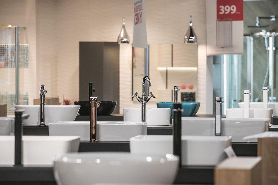 Zmiany W Handlu łazienki Stają Się Częścią Salonów Komfort
